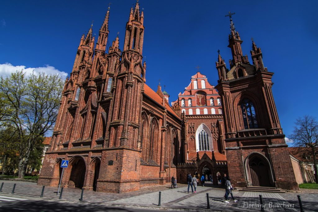 église de sainte anne vilnius
